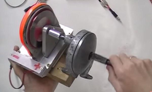 Генератор с неодимовыми магнитами своими руками