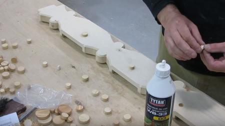 как спрятать дефекты древесины