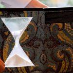 обложка для тетради Песочные часы