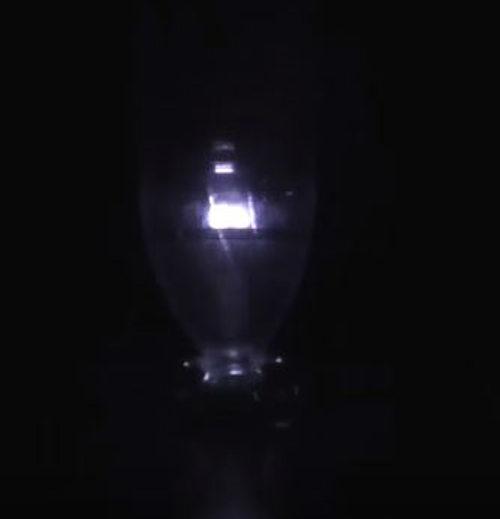 Плазменная лампа из пластиковой