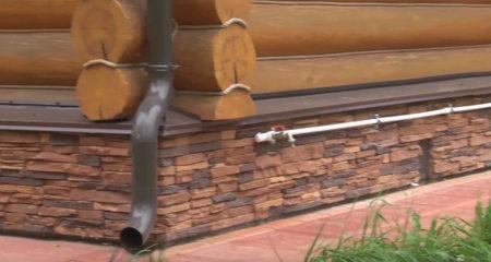 фундамент дома из рубленого бревна