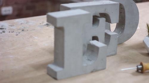 Объемные буквы из бетона