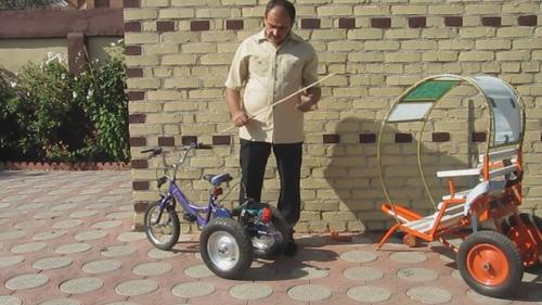Детский прицеп для велосипеда