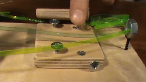 Станок для плетения веревки из пластиковой бутылки