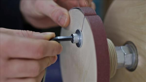 Как изготовить наждачный круг для токарного станка по дереву