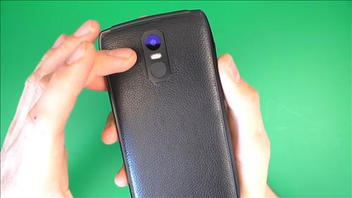 Обзор смартфона UHANS U300