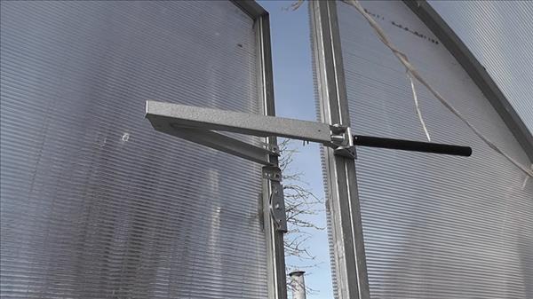 Автоматическая система проветривания теплицы