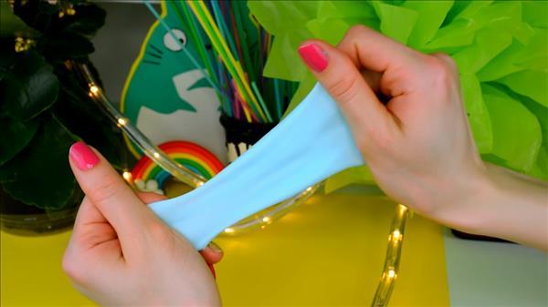 Как сделать лизуна из зубной пасты