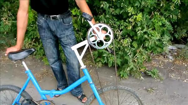 велосипед с педалями для рук