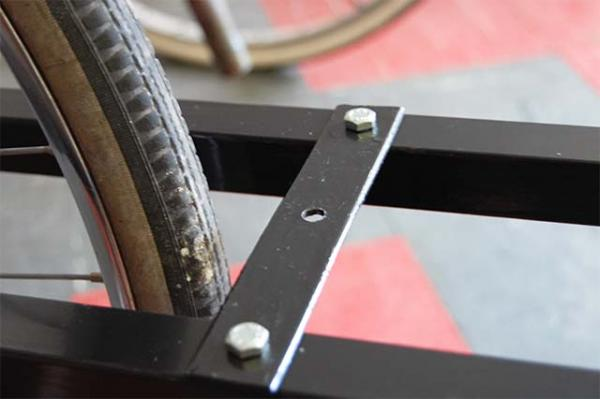 Пластина для установки тормозов на грузовой велосипед