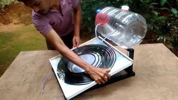Солнечный водонагреватель из пластиковой бутылки