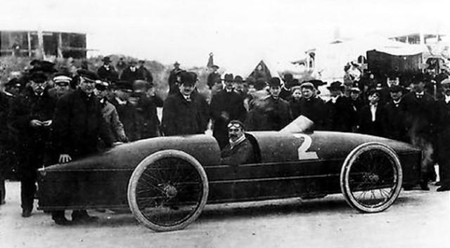 Stanley Rocket - самая быстрая машина в мире, за несколько лет