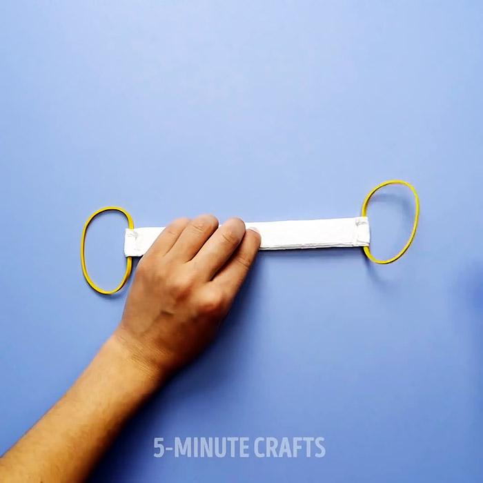 Как сделать медицинскую маску из бумажного полотенца за 2 минуту